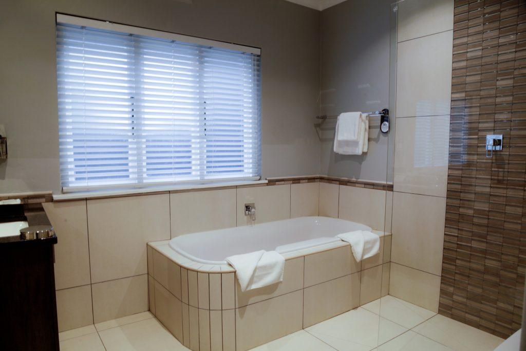 Cape Town Hotel & Spa Bathroom